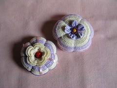 Alfineteiros (Luciane P. Castro) Tags: handmade crochet fuxico ladybug joaninha croche feitoamão alfineteiro agulheiro