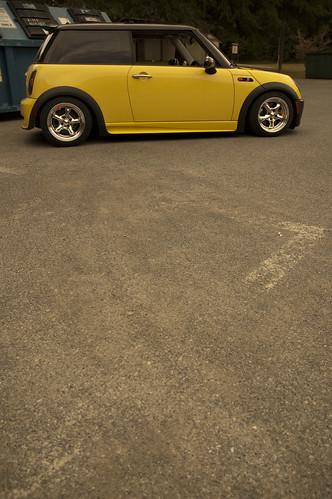 FOR MINI ONE COOPER BRAKE CALIPER NEW REAR RIGHT DRIVER SIDE 2001-2006