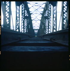 Guillemard Bridge #1 (alemershad™) Tags: 120 6x6 tlr film analog train mediumformat kodak mf manual yashica tanahmerah kelantan 160 80mm yashicamat124g filem yashinon keretapi alem kelate twinlensereflex kodakektacolor relkeretapi negatifscan vescan alemershad manilovefim canonscan9000f guillemardbridge jambatankusial kusial