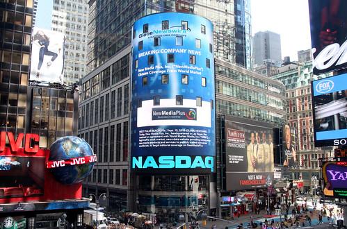 nasdaq socialmediamarketing newmediaplus stocksplusonnasdaqbuilding