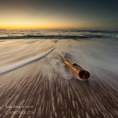 The Stem (saki_axat) Tags: sea seascape beach nature water canon landscape coast mar sand waves playa bizkaia cantabrico 50d azkorri