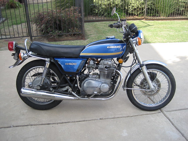 Found This Beutiful Speciman On Craigslist Its A 1977 KZ400 Delux With 5800 Miles
