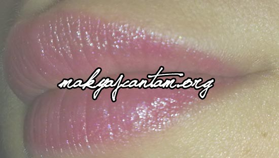 Calvin Klein Clear Rose Creme Lipstick