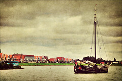 Volendam - Homage to dutch paintings (manlio_k) Tags: light sea sky holland texture netherlands dutch painting boat volendam