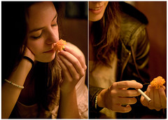 De viaje (Kris *) Tags: madrid she viaje portrait españa woman laura flower girl bar canon de 350d mujer spain friend chica retrato cigarette flor jardin ella amiga secreto cigarro xkrysx
