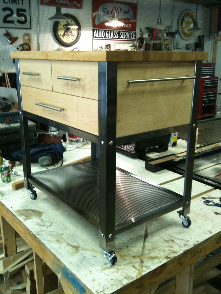 Kitchen/Wine Cart