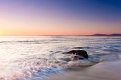 Praia do Vilar (David GP) Tags: ocean sunset sea praia beach mar sand rocks playa atlantic galicia galiza area polarizer ribeira atlntico vilar postadesol ocano solpor rochas corrubedo singhray ocano atlntico