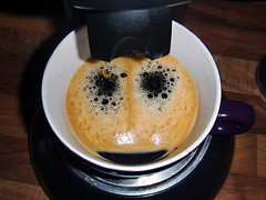 Coffee-Face (Markus Rdder (ZoomLab)) Tags: coffee face smiling gesicht kaffee lachen senseo