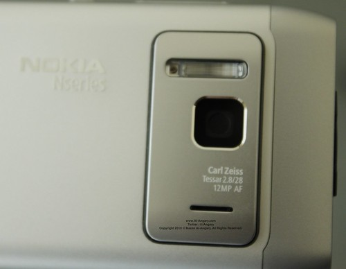 Nokia_N8_Lens