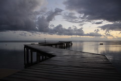 Moorea Evening (blichb) Tags: ocean sunset sky clouds reflections polynesia evening abend meer sonnenuntergang jetty himmel wolken southpacific steg moorea reflektionen pazifik ozean sdsee polynesien franzsischpolynesien canon50d gesellschaftsinseln frechpolynesia bestcapturesaoi tripleniceshot mygearandmepremium mygearandmebronze mygearandmesilver mygearandmegold blichb mygearandmeplatinum mygearandmediamond