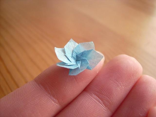 modular flower von Michael LaFosse; 6 Teile aus 9mm gesteckt