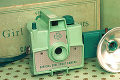Girl Scout camera (stOOpidgErL) Tags: camera brown cute green vintage ebay box flash mint imperial dots seafoamgreen girlscout mintgreen 620 stoopidgerl