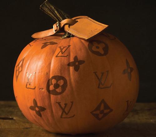 LV pumpkin love