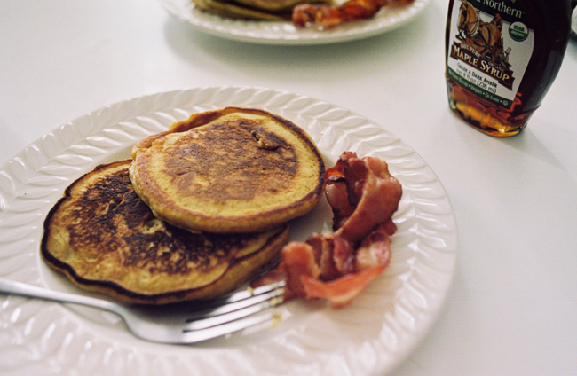 pumpkin pancakes + bacon