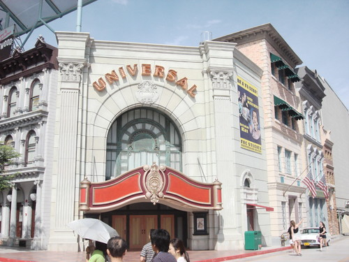 Universal Studio Singapore Hollywood & New York (6)