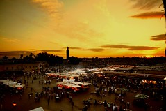Jemaa el Fna (Shertila Tony) Tags: africa sunset sun weather night market clear morocco lastlight jamaaelfna marakech colorphotoaward platinumheartaward mygearandmepremium