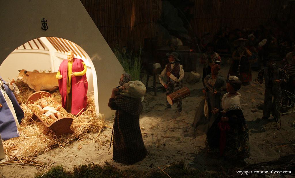 Comme le montre si bien cette crèche de Noël, Jésus est né en Camargue… :)