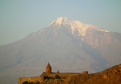 Khor Virap and mount Ararat, Armenia (Frans.Sellies) Tags: mountain church mount monastery armenia masis ararat armenien  armenie khorvirap   hayastan khorvirab    dscf0256