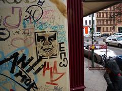 Berlin 10Feb09 (32) (liborius) Tags: street city urban berlin art sign germany underground deutschland graffiti design stencil paint graphic decay kunst tag hauptstadt norden grafik icon can spray vandalism february bild urbanism 2009 calls idee untergrund undeground pochoir knstler schablone szene