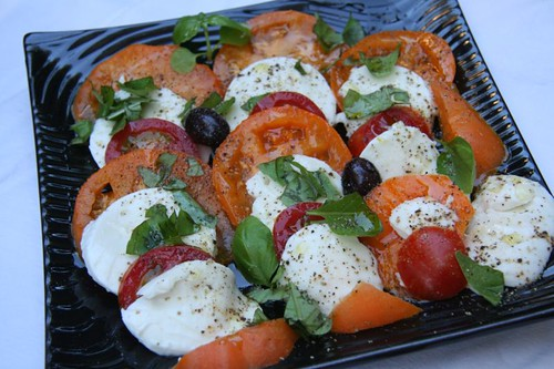 Insalata Caprese: Salad of tomatoes and mozzarella