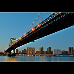 Manhattan Bridge (whc7294) Tags: nyc usa newyork dumbo manhattanbridge hdr ニューヨーク brooklynbridgepark photomatix empirefultonferrystatepark マンハッタンブリッジ superhearts artistsoftheyear platinumheartaward nikond300 ダンボ 1424mmf28 piatiumheartawardhalloffame エンパイアフルトンフェリーステートパーク ブルックリンブリッジパーク