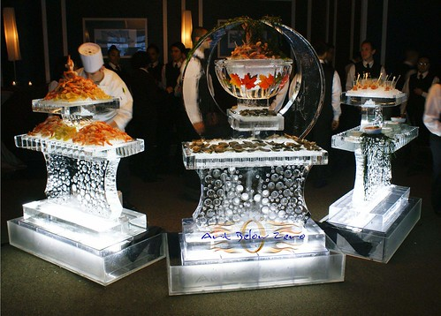 Fulton's Seafood Tables ice sculpture