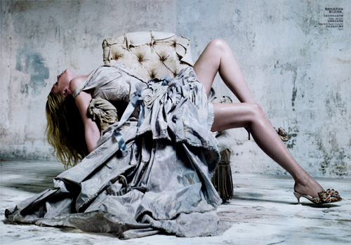 02 Lara Stone Vogue China