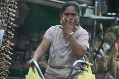 IMG_3080 (Tata Yap) Tags: city female women manila economy quiapo bustling