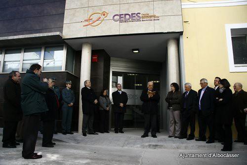 Cedes