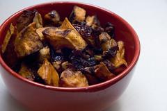 Sweet Potato and Apple Tzimme (Courtney Bruesch Photography) Tags: vegan vegetable roast veggie veganomicon