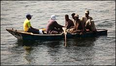 pescadores (www.infografiagijon.es) Tags: africa people rio rural canon river gente live egypt asturias nile vida aviles egipto fotografia oviedo gijon xixon markii nilo asturies infografia astur eos5d infografias infoarquitectura hernancad wwwinfografiagijones