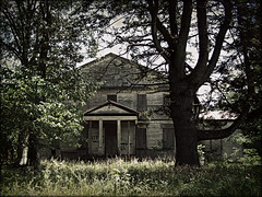 Little Manor (History Rambler) Tags: old abandoned architecture south northcarolina grand historic haunted southern plantation georgian mansion antebellum federal decayed halifaxcounty oncewashome