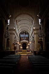 Organ Temple (tristanlb) Tags: wedding light building church wall contrast canon religious eos chairs empty religion perspective organ f4 clairobscure 24105 alcoves banch tristanlb