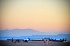 Un Soir  Valras-Plage (@YannGarPhoto) Tags: sunset france square french soleil nikon noir coucher coucherdesoleil carr d5000 yanngar