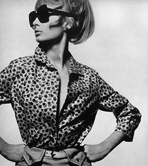 Mary Quant (Classic Style of Fashion (Third)) Tags: bailey 1960s 1965 maryquant vintagemagazine 1960sfashion vogueuk suemurray