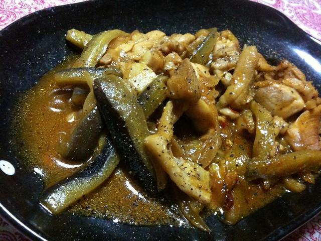 #jisui 汗だく!鶏と茄子の辛い炒め煮(ウスターとケチャップ、カレー味!)