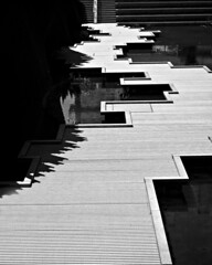 bwHM8G8828.jpg (Pete Flick) Tags: blackandwhite bw monochrome oregon portland angles walkway linear