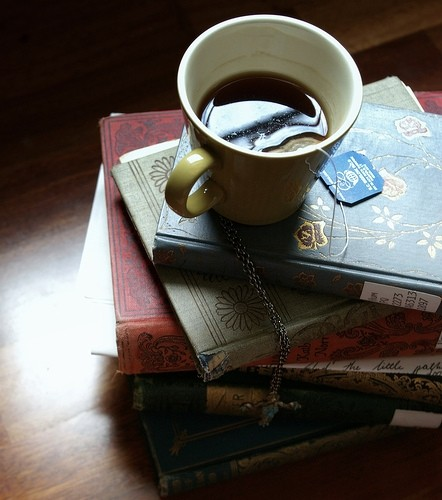 books, tea, photography, cozy, warm, photography, via visualizeus