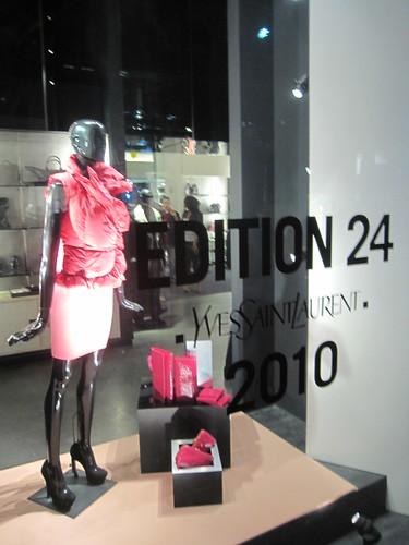 Fashion Night Out 2010 071