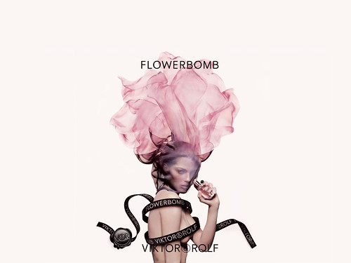 FlowerBomb_Perfume