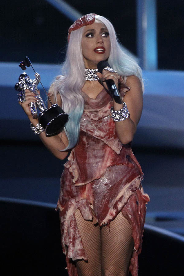 Lady Gaga MTV VMA 2010 03