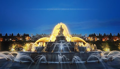 [Explore] Warm & cold fountain ( Latone ) (Yannick Lefevre) Tags: longexposure summer france fountain statue photoshop evening nikon raw nef tripod wideangle ps filter versailles bluehour bp chateau parc gettyimages manfrotto hoya goldenlight d300 ndfilter yvelines nd400 sigma1020 poselongue nikoncapturenx fontainedelatone ndx400 capturenx2 baladesparisiennes ©yannicklefevre||photography