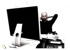 Steve on a 24-inch iMac