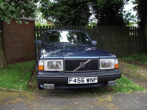 89 Volvo 240 Dl. 1989 VOLVO 240 GLT