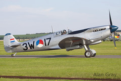 PH-OUQ VICKERS SUPERMARINE SPITFIRE IX CBAF.IX.1732 PRIVATE Stichting KLu Historische Vlucht - 100905 Duxford - Alan Gray - IMG_3530