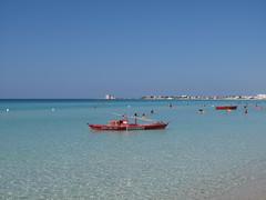 Mezzo di salvataggio. (sangiopanza2000) Tags: sea italy holiday italia mare salento puglia vacanza apulia sangiopanza puntaprosciutto