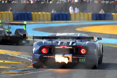 Ford GT n61 - 24h du Mans 2010 (Automartinez) Tags: ford canon fire eos competition du flame stop mans le gt endurance bugatti circuit alban 2010 dunlop feux gt40 chicane 24h sarthe championnat 500d joachin gt1 matech 55250mm vibreur automartinez