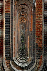 Balcombe Viaduct \ Ouse Valley Viaduct (Biscuits_yum) Tags: viaduct inperspective balcombe tunnelvision vanishingpoints happymemories balcombeviaduct gradeiilisted ousevalleyviaduct davidmocatta johnurpethrastrick londonbrightonrailwayline