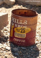Hills Bros Coffee Can, Mono Lake, CA (4 Corners Photo) Tags: california abandoned coffee vintage unitedstates antique can northamerica monocounty hillsbros hillsbrothers canoneos50d