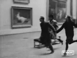 10i23 Bande a part La carrera del Louvre
